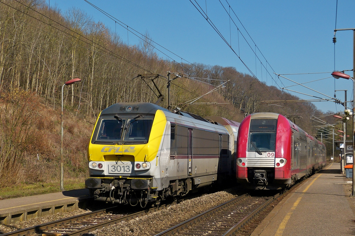 . 3013 and Z 2209 are meeting in Cruchten on March 10th, 2014.