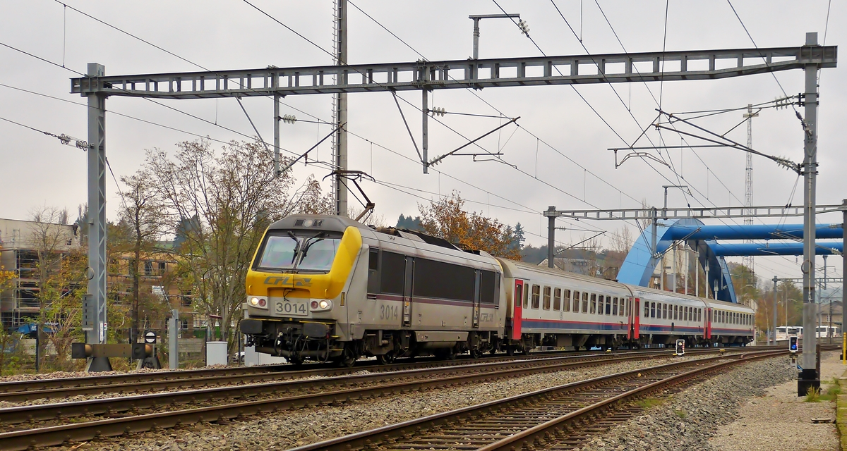 . 3014 is heading the IR 113 Liers - Luxembourg Ctiy in Ettelbrück on November 6th, 2014.