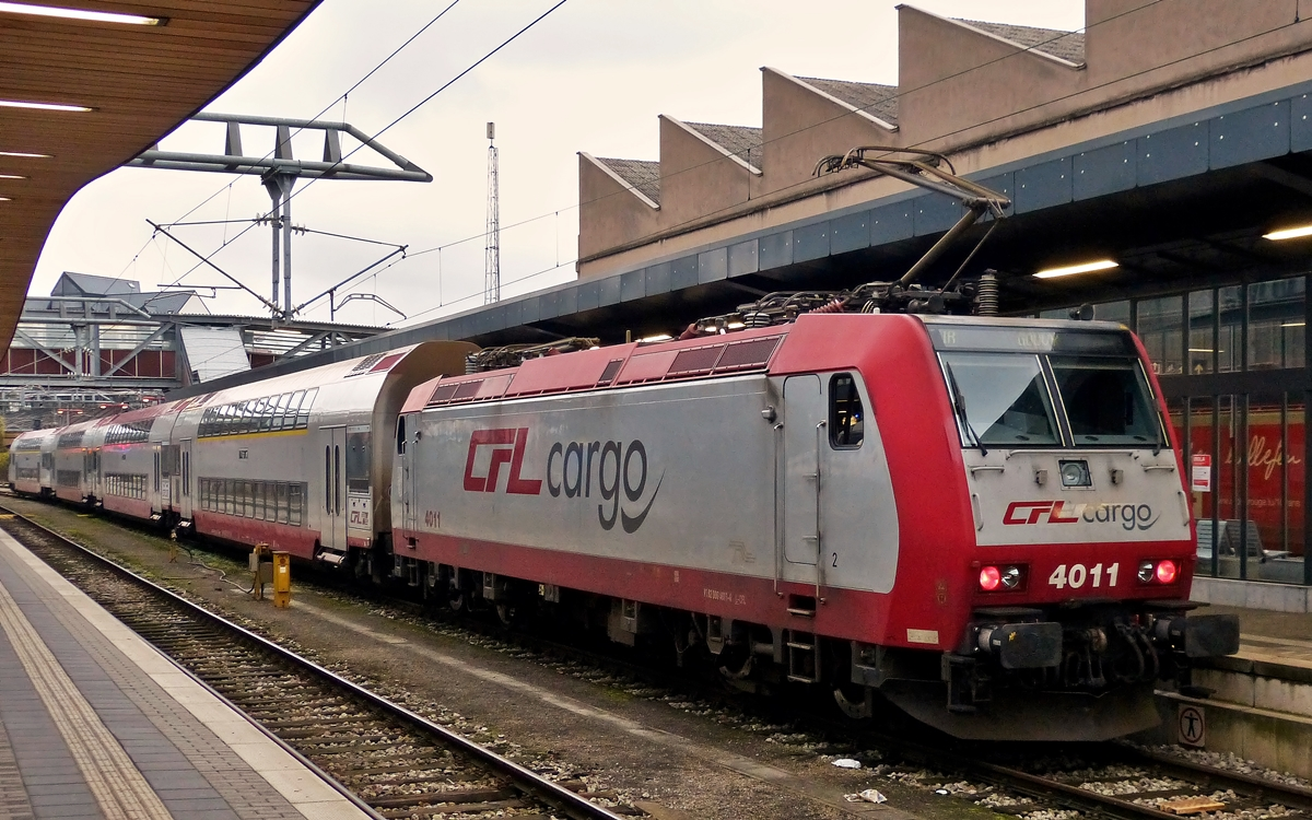 . 4011 with IR 3816 Luxembourg City - Gouvy is waiting for passengers in Luxembourg City on November 3rd, 2014.