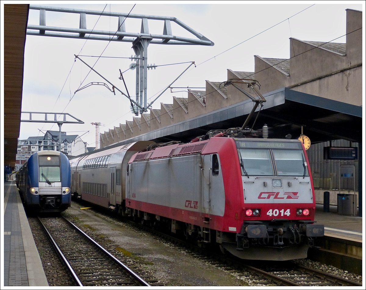 . 4014 taken together with SNCF TER unit N° 313 in Luxembourg City on January 8th, 2014.