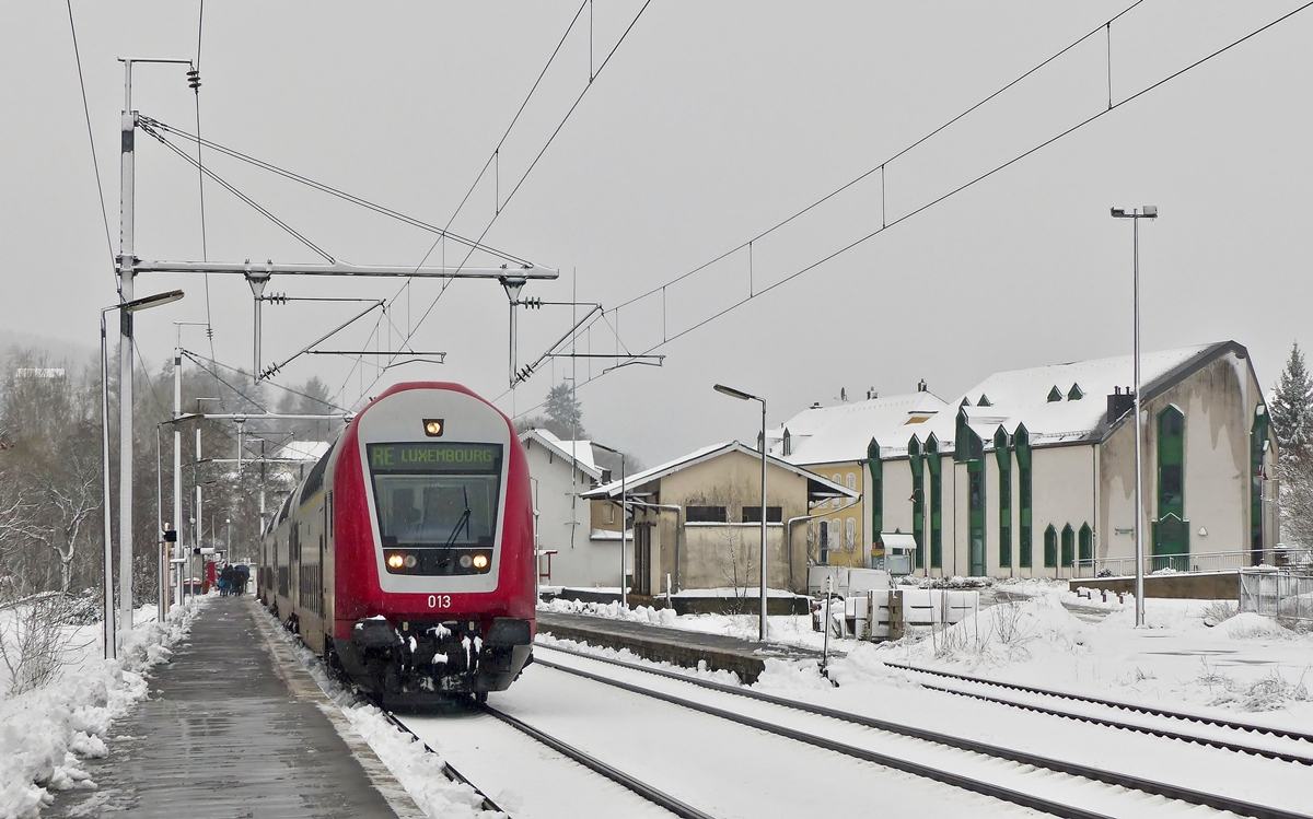. A CFL push-pull train pictured in Wilwerwiltz on December 27th, 2014.