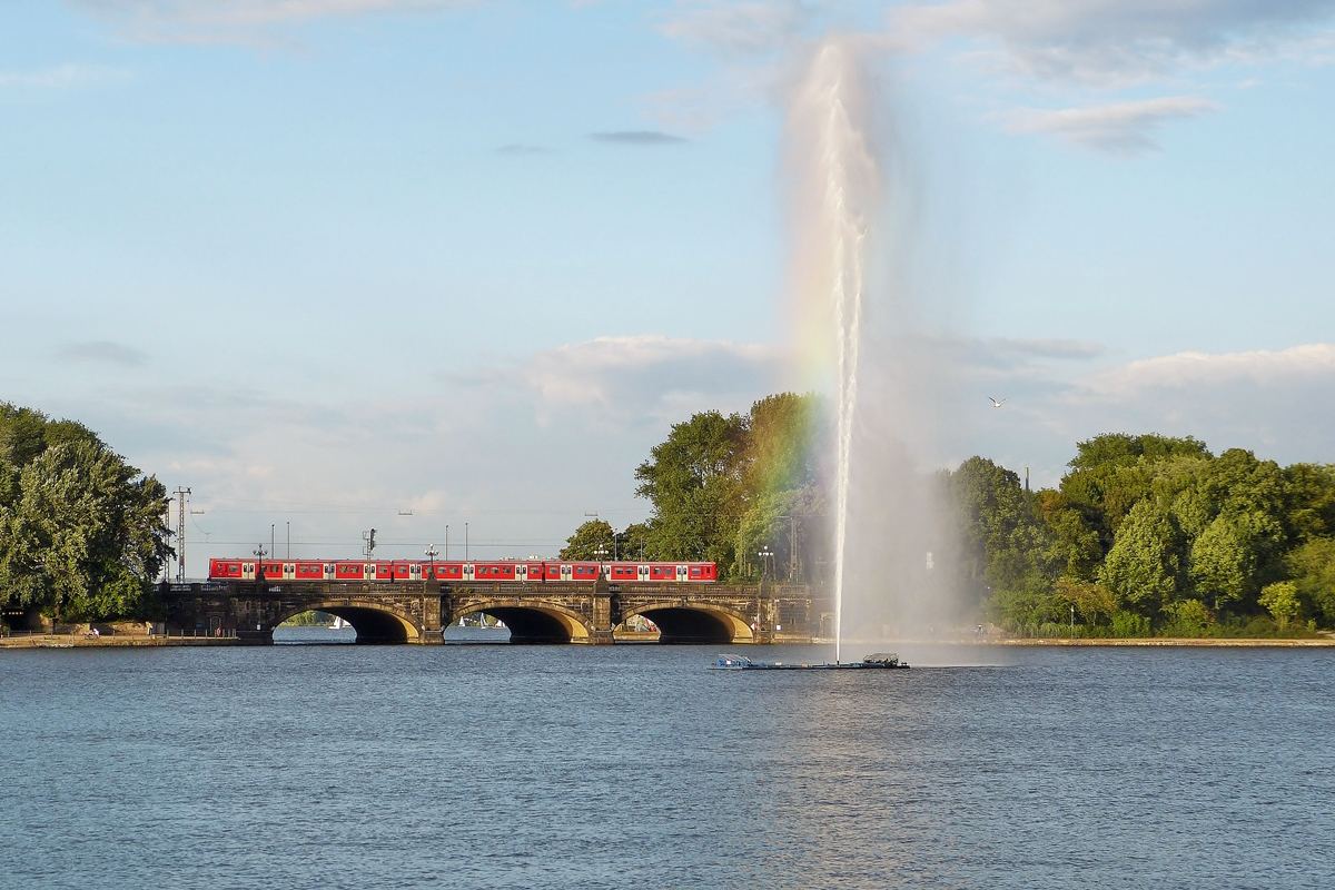 . A S-Bahn train pictured on the Lombardsbrücke in Hamburg on September 17th, 2013.