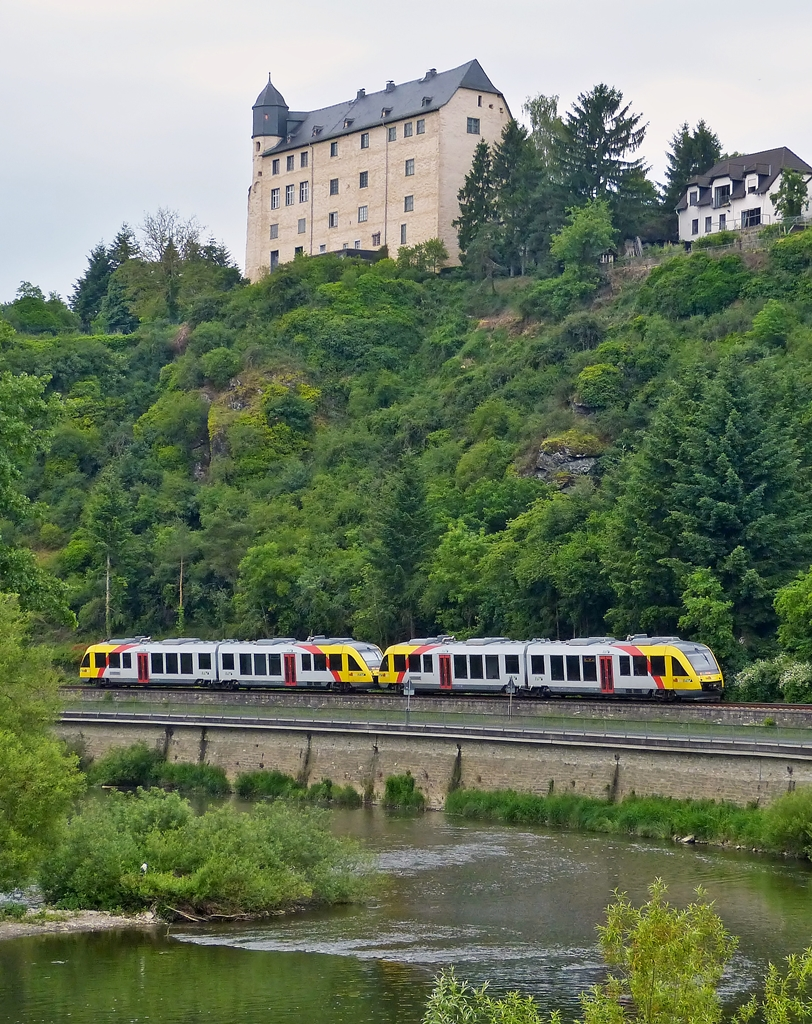 . HLB LINT 41 double unit pictured under the castle Schadeck in Runkel on May 26th, 2014.