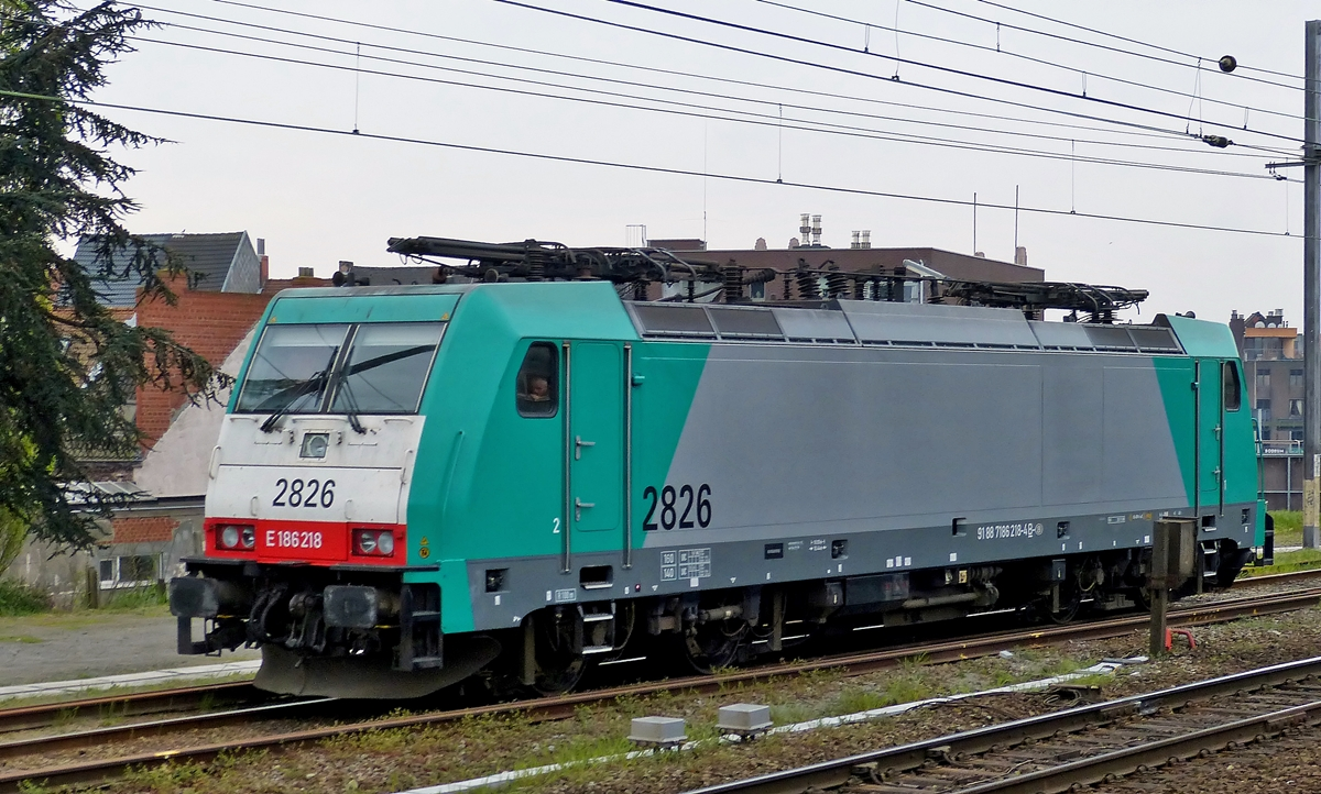 . HLE 2826 pictured in Gent-Dampoort on April 5th, 2014.