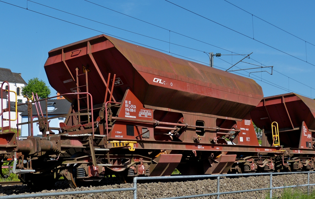 . The CFL Cargo ballast wagon (Uads 80 82 RIV L -CFLCA 9786 008-8) photographed in Drauffelt on May 18th, 2014.