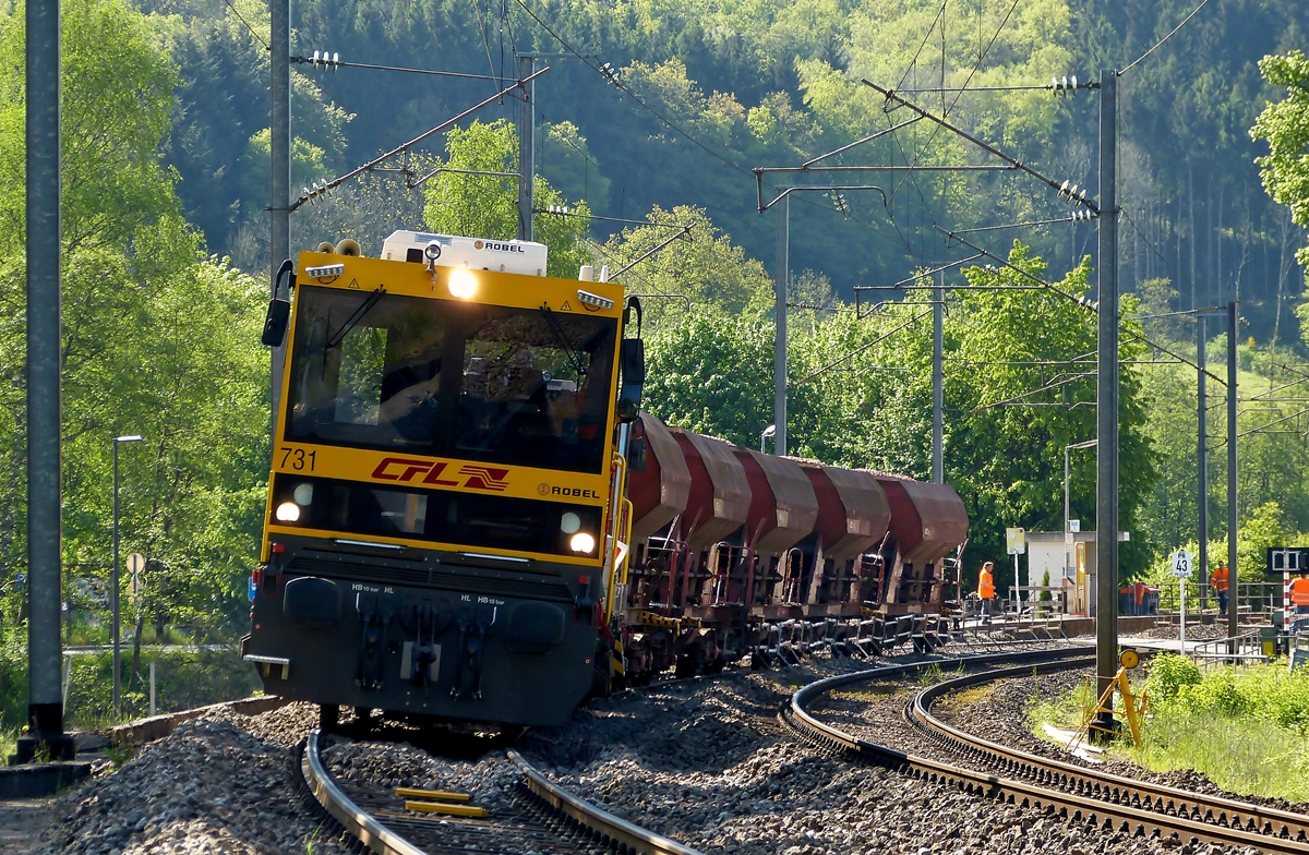 . The CFL Robel 731 pictured with a maintenance train in Drauffelt on May 18th, 2014.