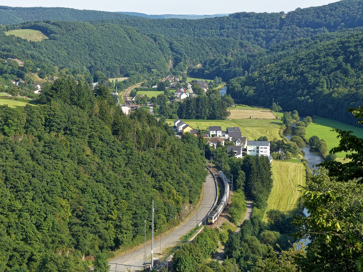. The IR 118 Luxembourg City - Liers is running through Michelau on August 1st, 2014.