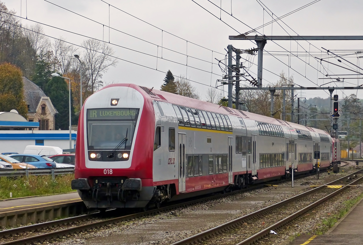 . The IR 3737 Troisvierges - Luxembourg City is arriving in Ettelbrück on November 6th, 2014.