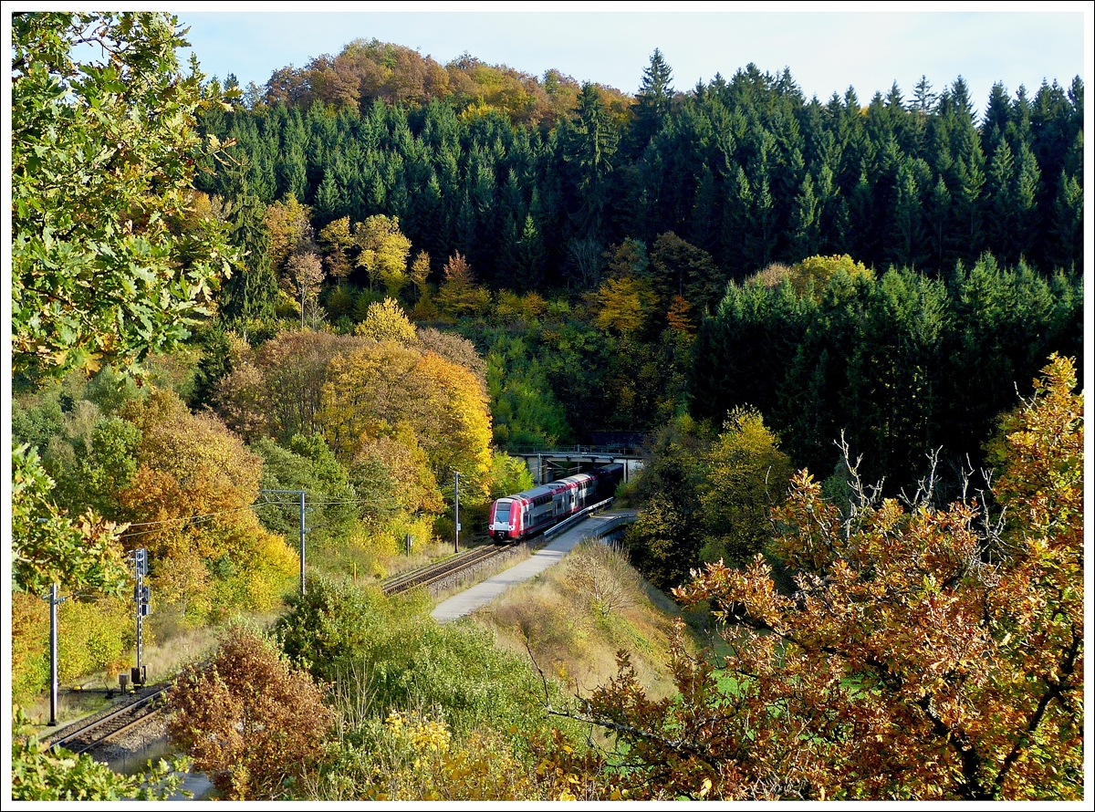. The IR 3741 Troisvierges - Luxembourg City is entering into the tunnel Lellingen on October 22nd, 2013.