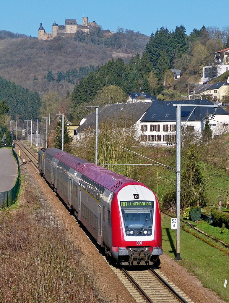 . The RB 3235 Troisvierges - Luxembourg City is running through Michelau on March 10th, 2014.