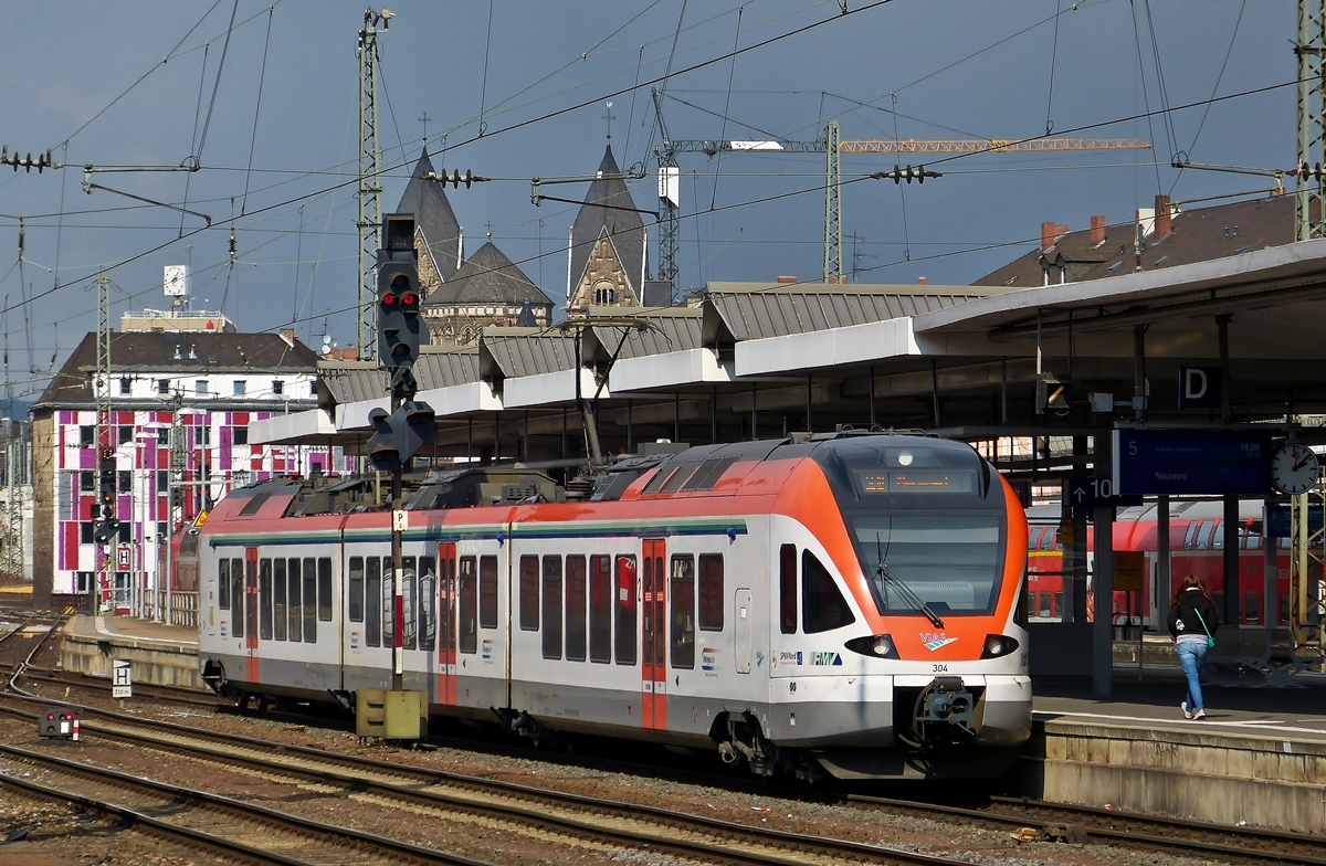 . The VIAS Flirt N° 304 is entering into the main station of Koblenz on March 24th, 2014.