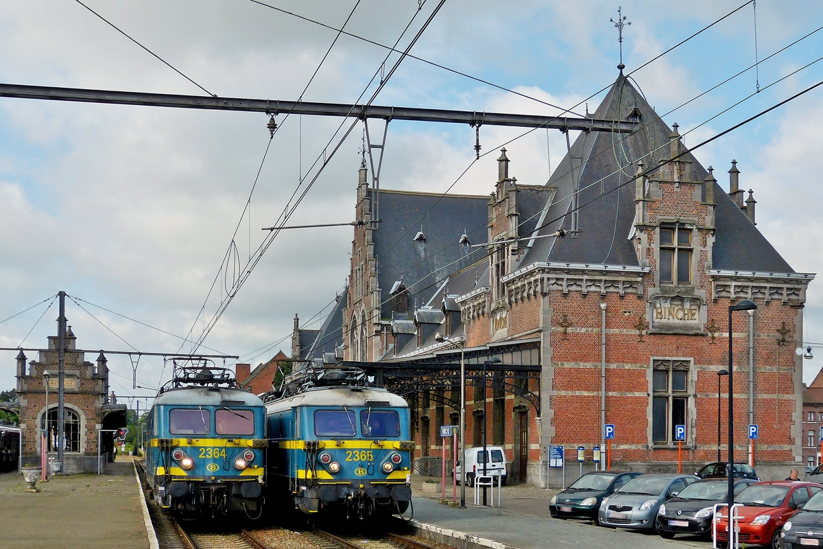 . Two Série 23 engines pictured in Binche on June 23rd, 2012.