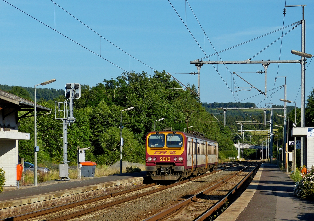 . Z 2013 is entering into the station of Wilwerwiltz on July 3rd, 2014.