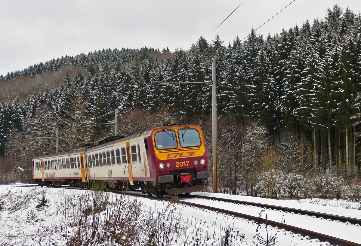 . Z 2017 as RE 1715 Kautenbach - Wiltz pictured between Merkholtz and Wiltz on January 30th, 2015.