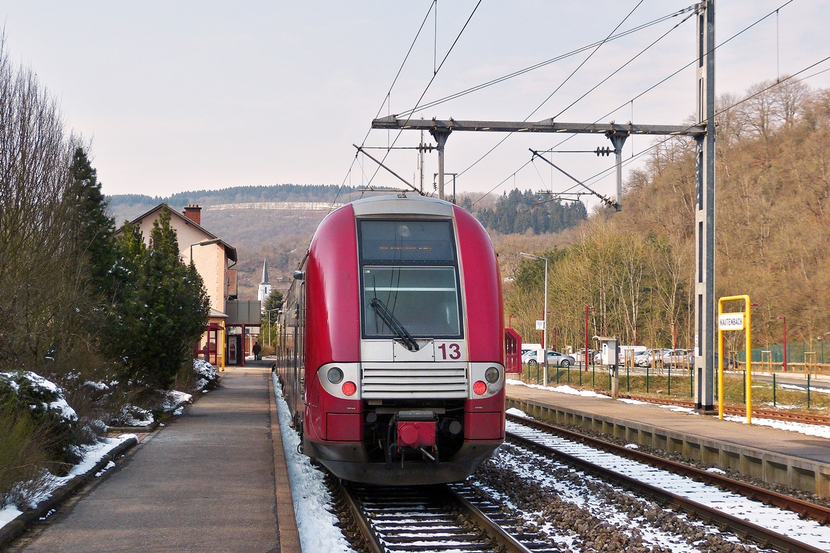 . Z 2203 pictured on Kautenbach on March 25th, 2013.