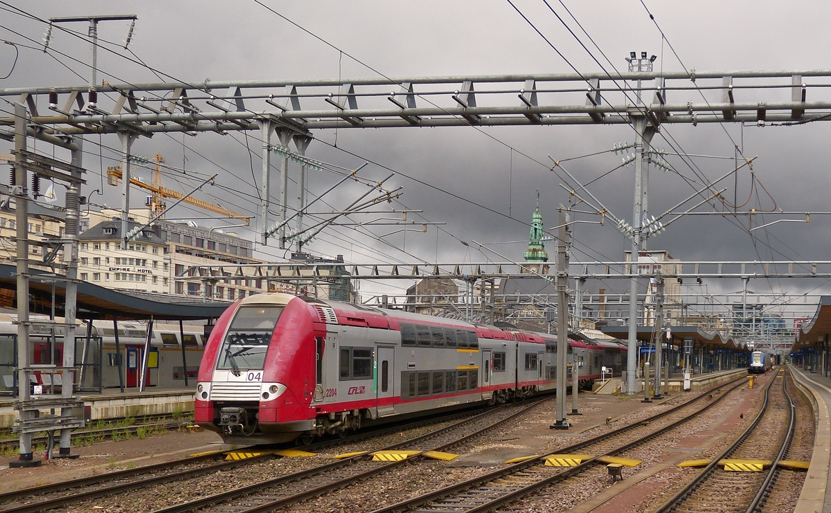 . Z 2204 is leaving the station of Luxembourg City on August 15th, 2015.