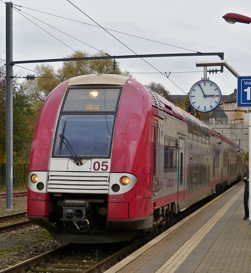 . Z 2205 as RB 3214 Luxembourg City - Wiltz is arriving at its final destination on November 5th, 2014.