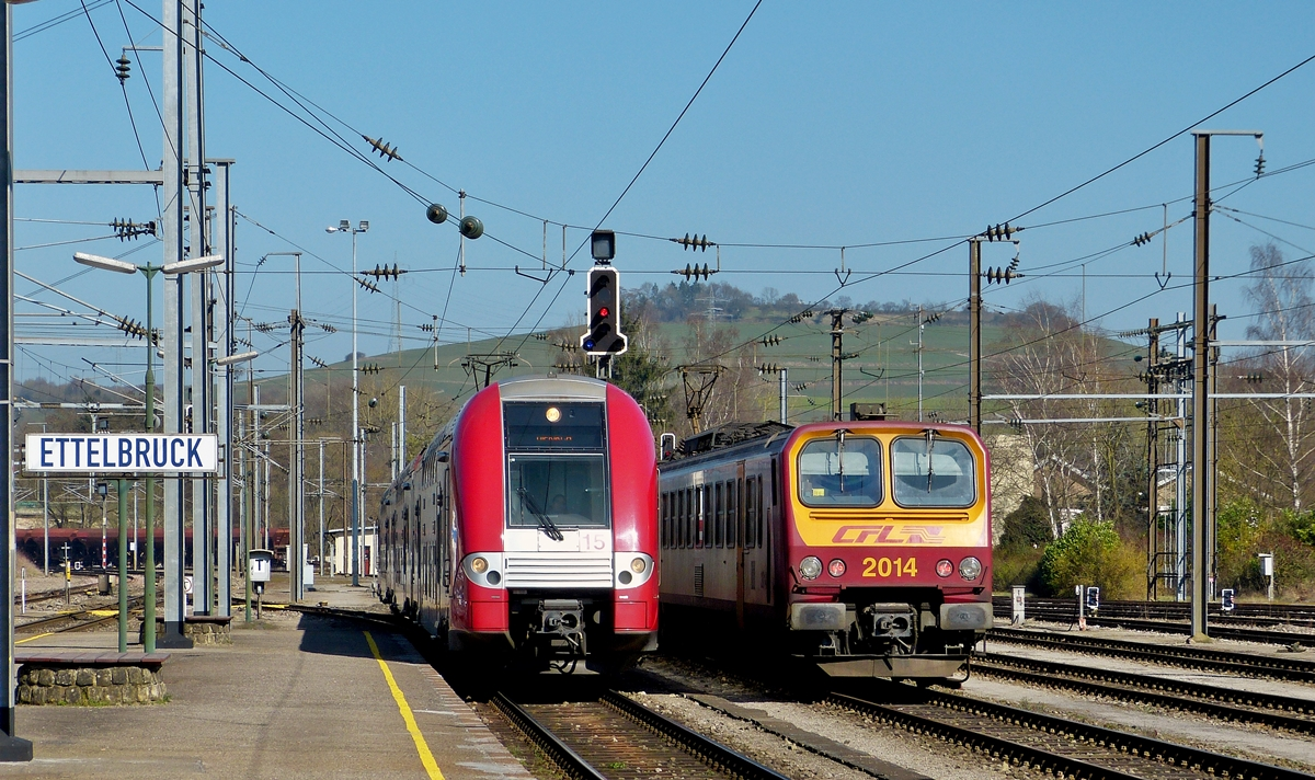 . Z 2215 and Z 2014 pictured togehther in Ettelbrück on March 10th, 2014.