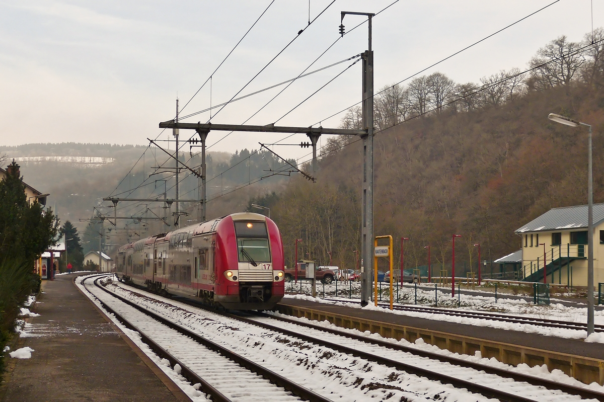 . Z 2217 is entering into the station of Kautenbach on January 6th, 2015.