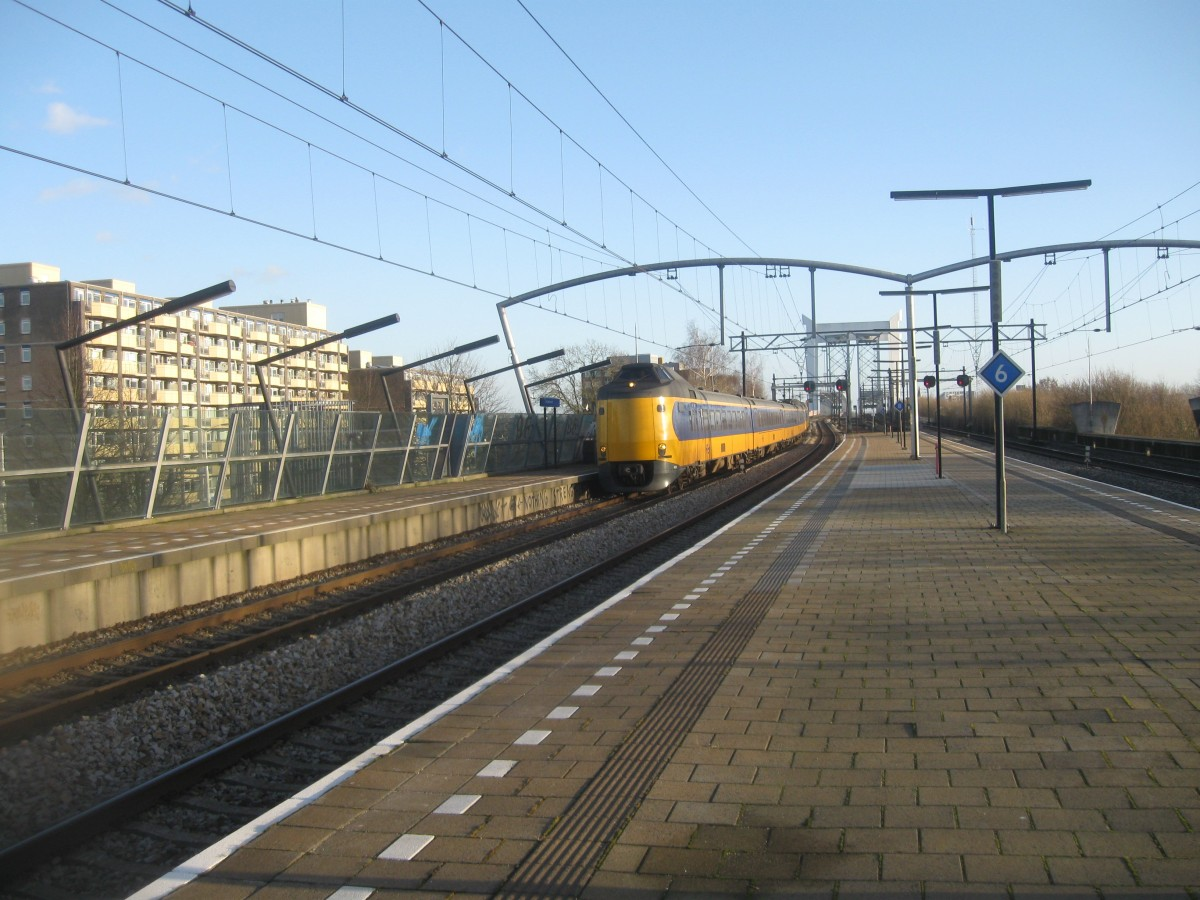 2 ICM  Koploper  sets storm though Zwijndrecht, 02/01/2015.