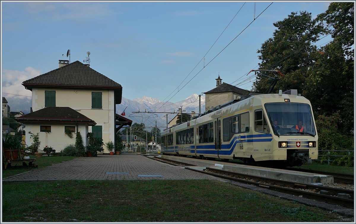 A FART Centovalli Express in the early morning in Trontano.