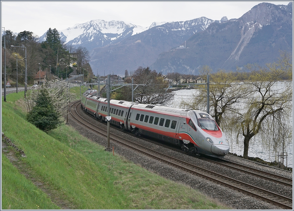 A FS Trenitalia ETR 610 near Villeneveue on the way to Geneva.