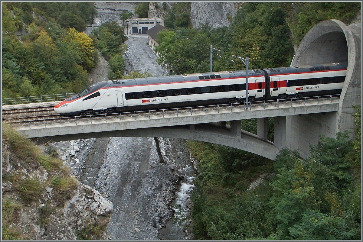A SBB ETR 610 by Leuk on the way to Geneva.