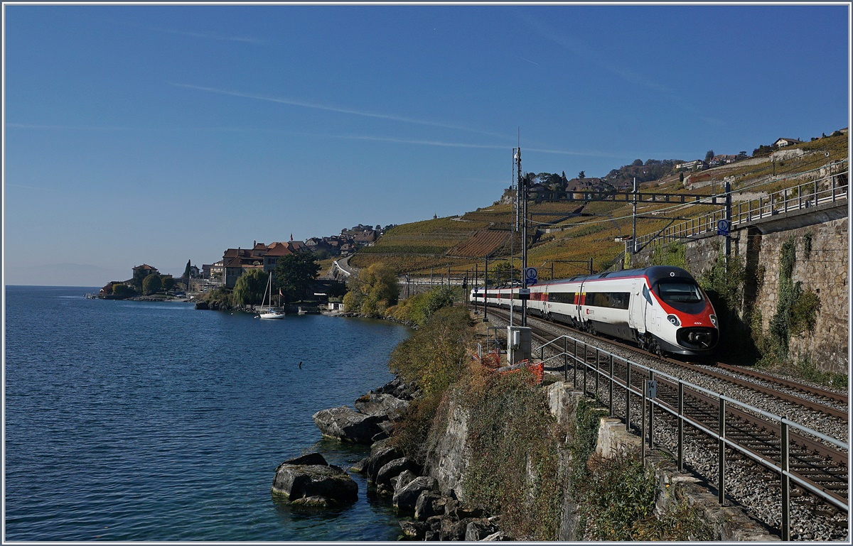 A SBB ETR 610 on the way to Milano between Rivaz an St Saphorin.