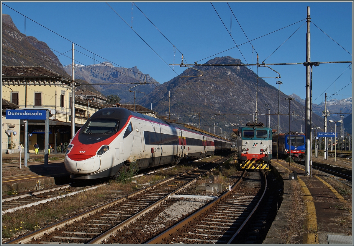 A SBB ETR 610 to Milano by stop in Domodossola.