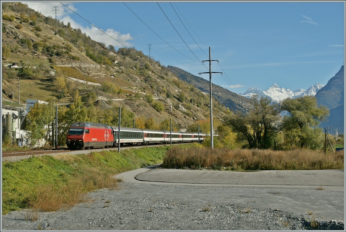 A SBB Re 460 wiht an IR to Geneve near Raron.