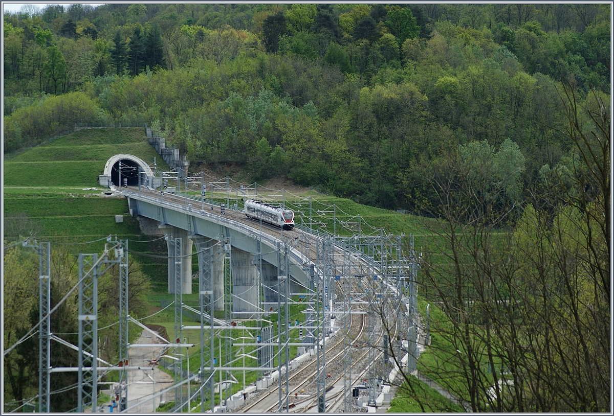A TILO Flirt on the way to Varese on the 438 Meters long Bevera Bridge between Cantello Gaggiolo and Arcisate.