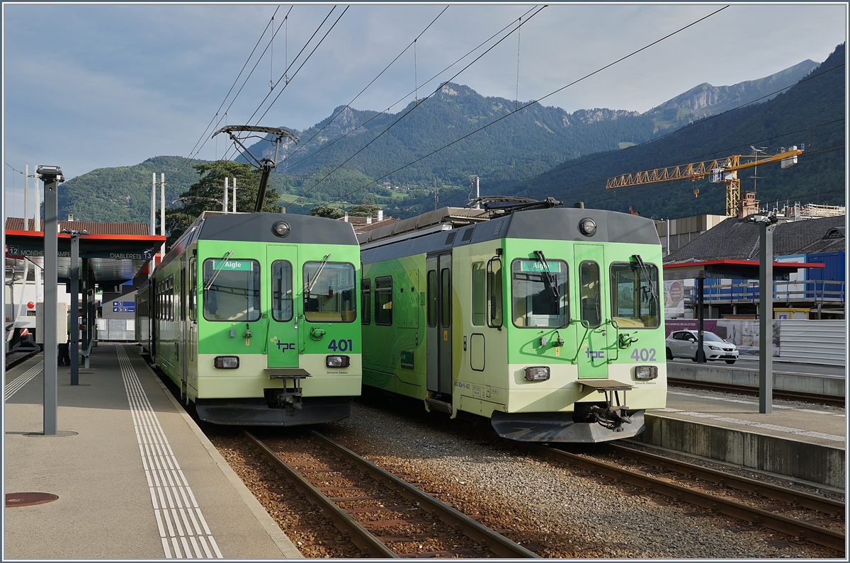 ASD BDe 4/4 401 and 402 in Aigle.