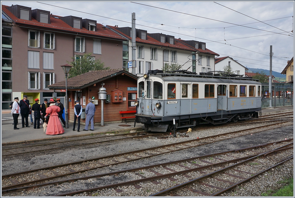 Belle Epoque - Weekend by the Blonay-Chamby! The MCB BCFe 4/4 N° 6 in Blonay is waiting for his departure. 
