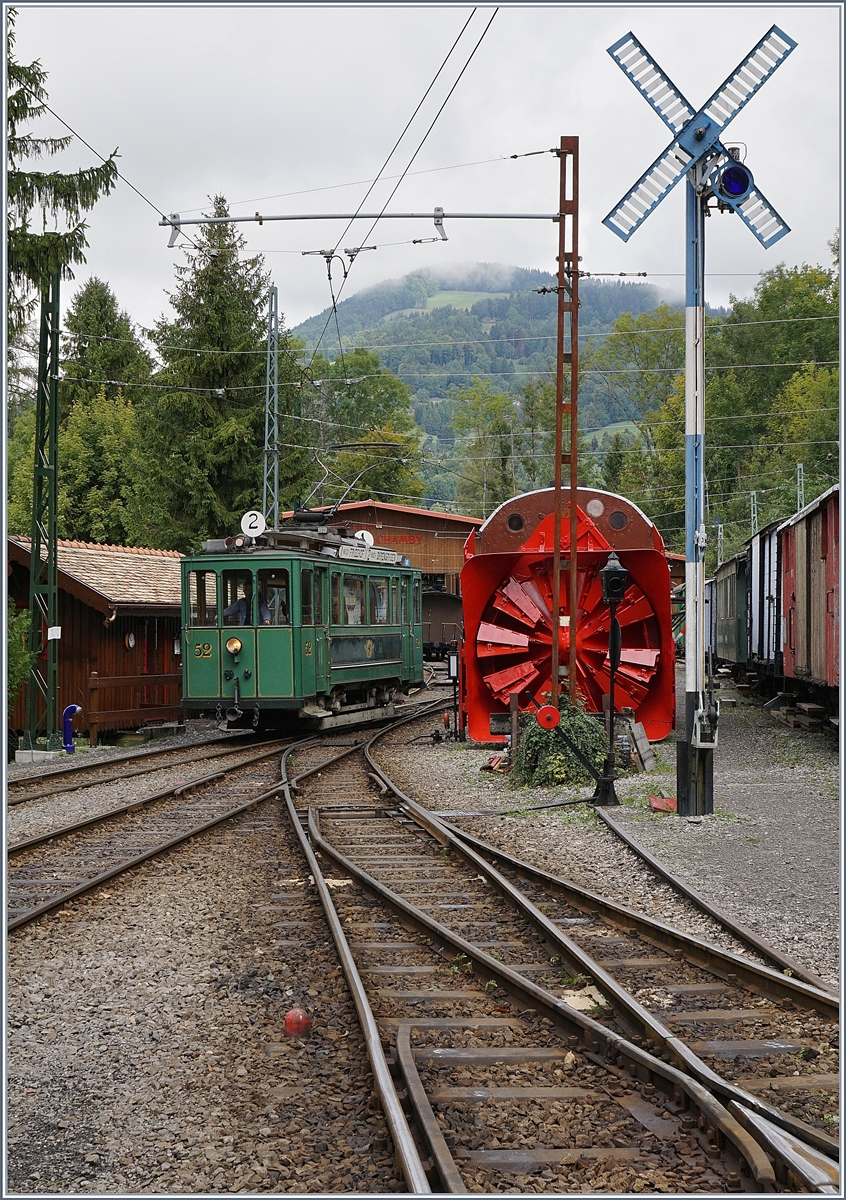 Belle Epoques Days by the Blonay Chamby: a old tramway from Bern runs to Blonay.