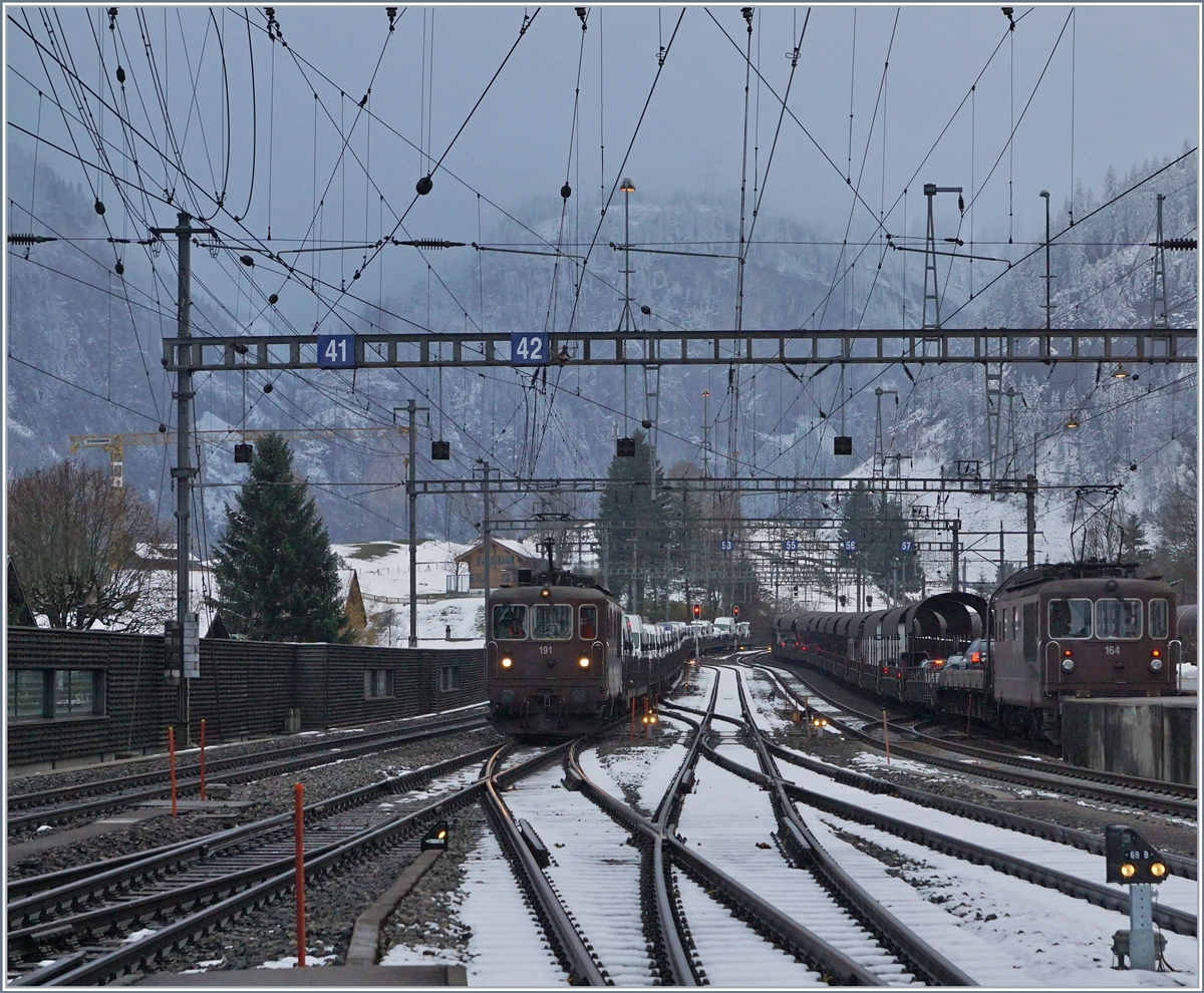 BLS Re 4/4 164 and 191 in Kandersteg.