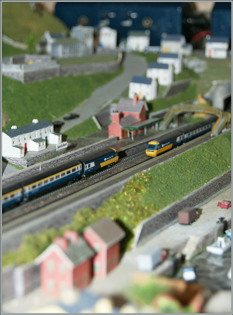 BR Class 43 HST 125 in Saddleford. 
