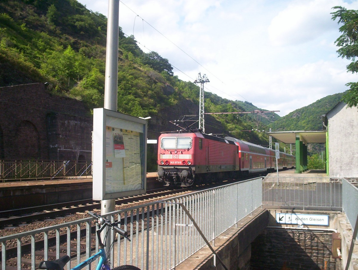 DB 143-073 at Ediger-Eller with a local train, July 2009.