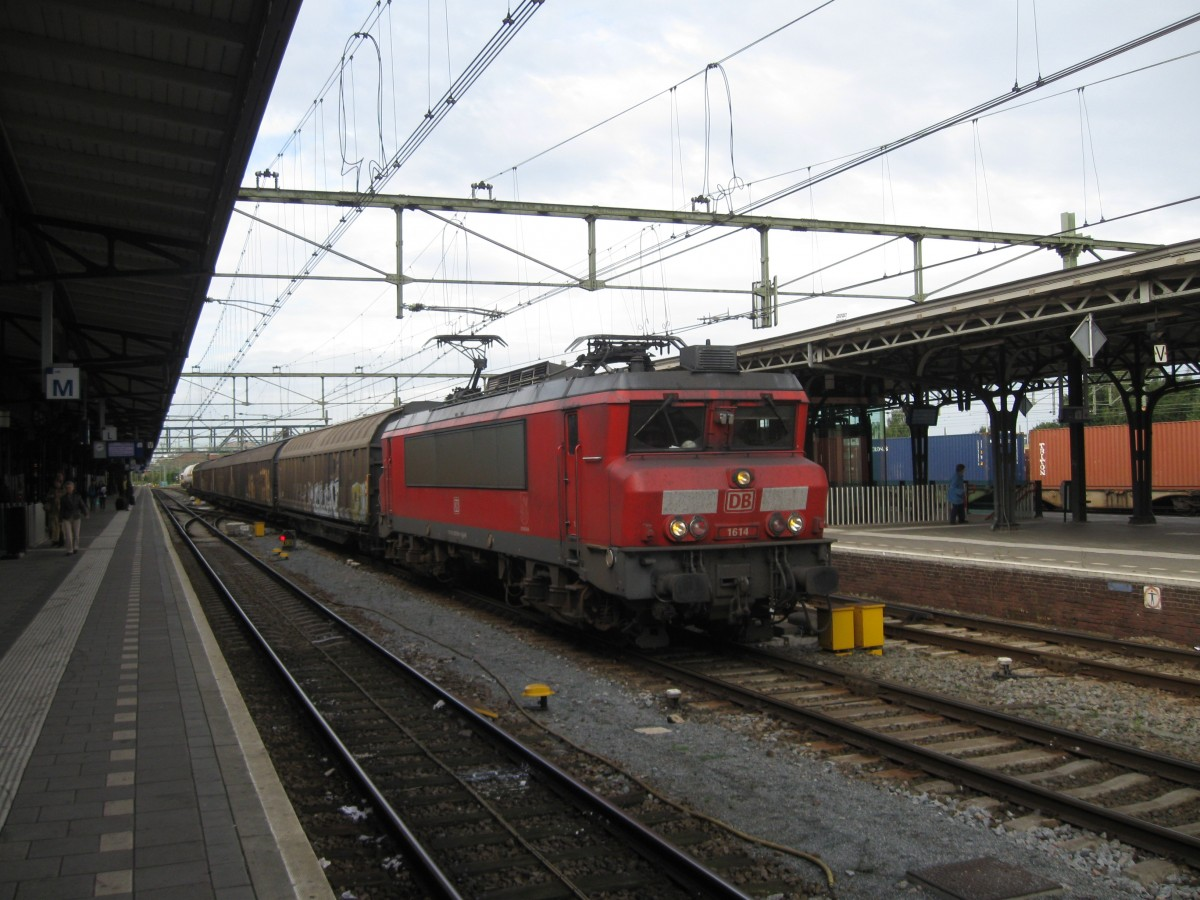 DBS 1614  Schiedam  comes through Roosendaal, 25/08/2014.