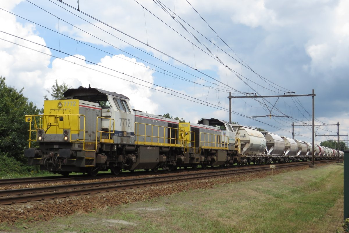Diverted Dolime train with 7772 at the reins passes through Wijchen on 1 August 2020.
