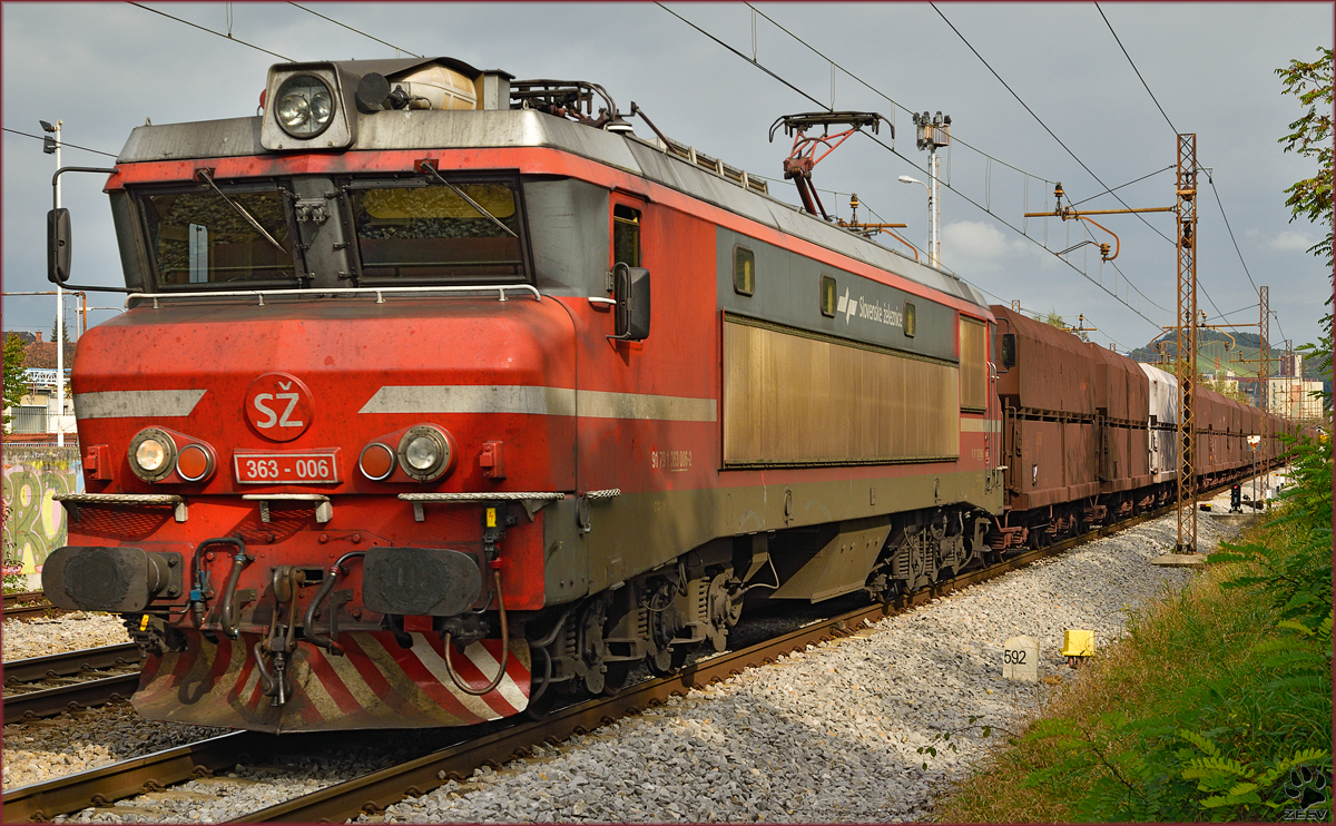 Electric loc 363-006 pull freight train through Maribor-Tabor on the way to Koper port. /21.10.2014