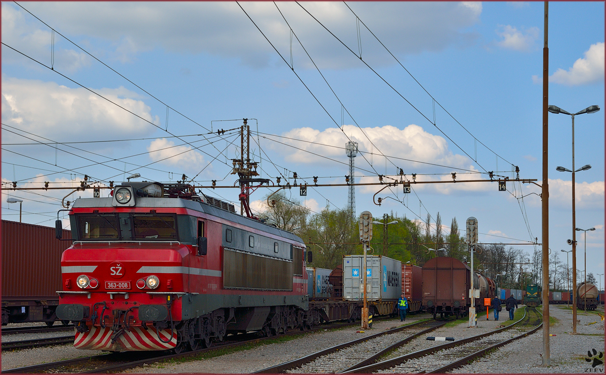 Electric loc 363-008 with container train is leaving Pragersko on the way to Koper Port. /28.3.2014