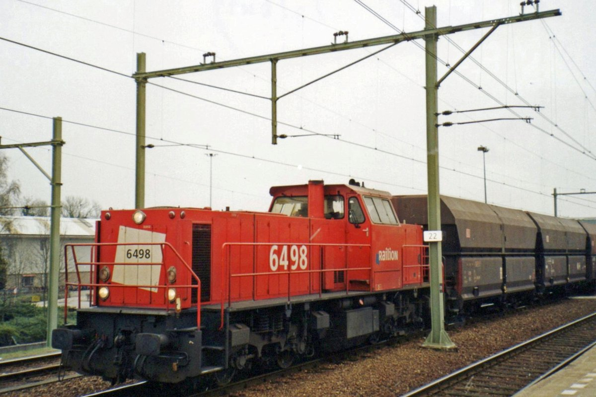 From 'my' train 6498 with coal wagons was seen at Tilburg on 16 March 2008.