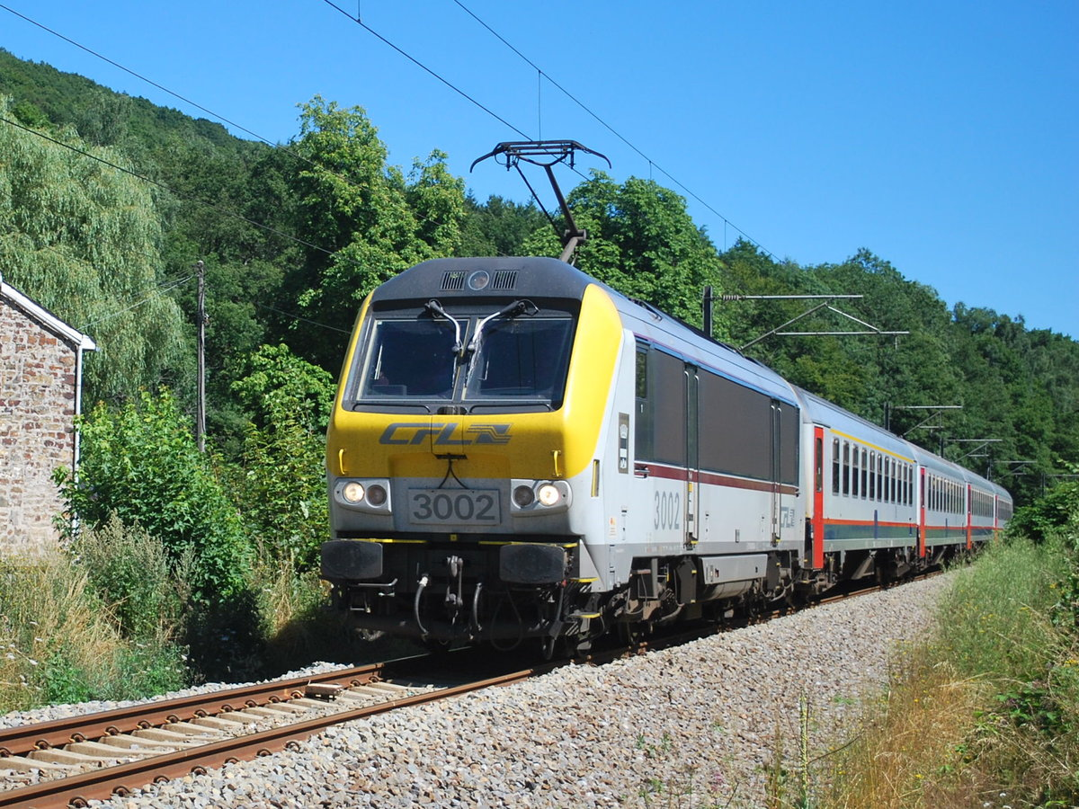 IR train Luxembourg-Liers passing Lorcé on 1st August 2013.