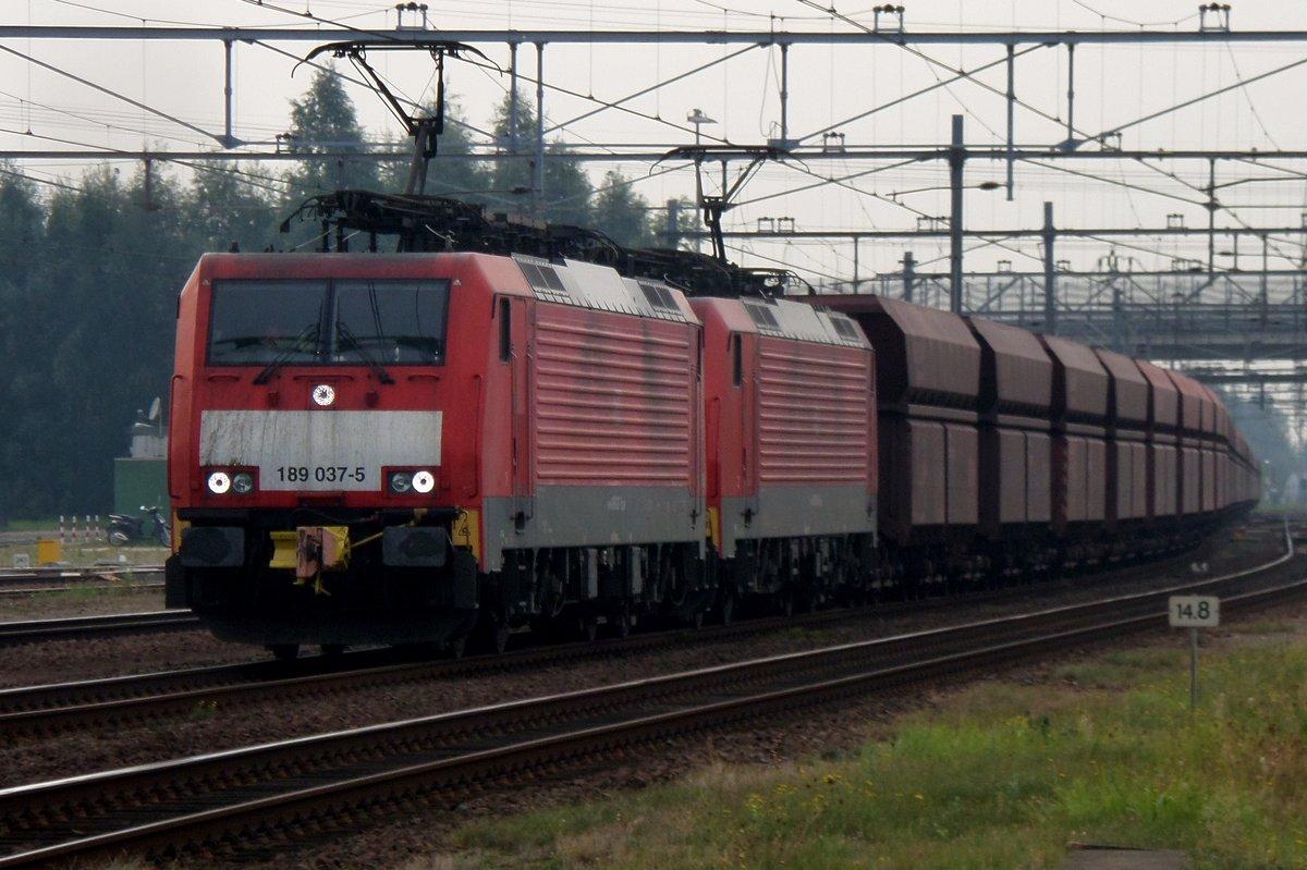 iron-ore-train-with-189-28583.jpg