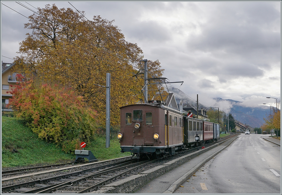 LA DER 2020 by the Blonay-Chamby: The BOB HGe 3/3 29 is arriving with the first train on the last saison weekend at the Blonay Station. 