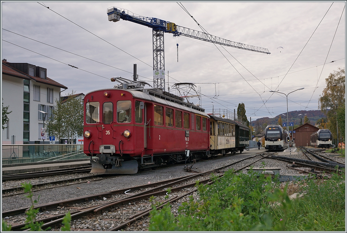LA DER 2020 by the Blonay-Chamby: The RhB ABe 4/4 I N° 35 with the Riviera Belle Epoque Express in Blonay.