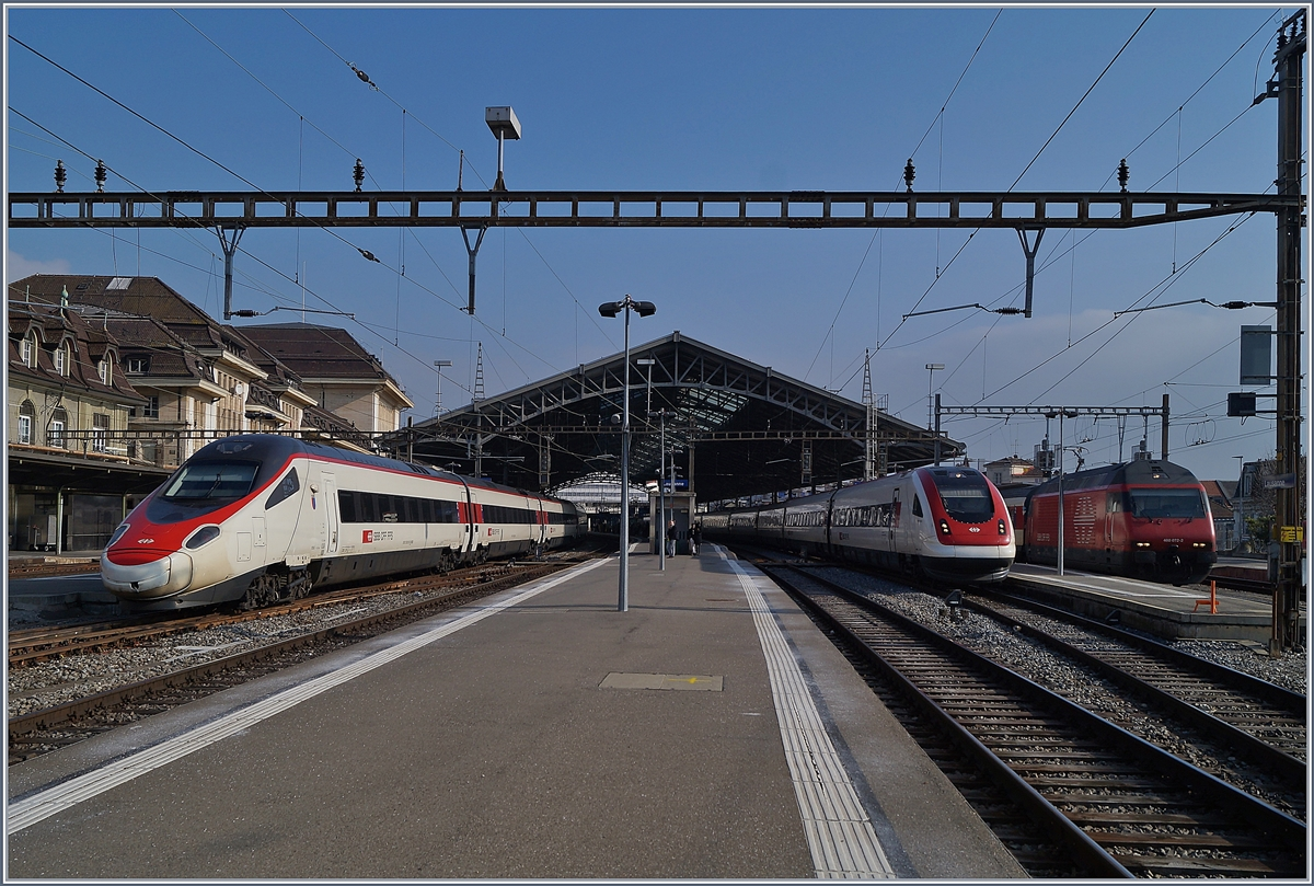 SBB ETR 610 and ICN in Lausanne. 