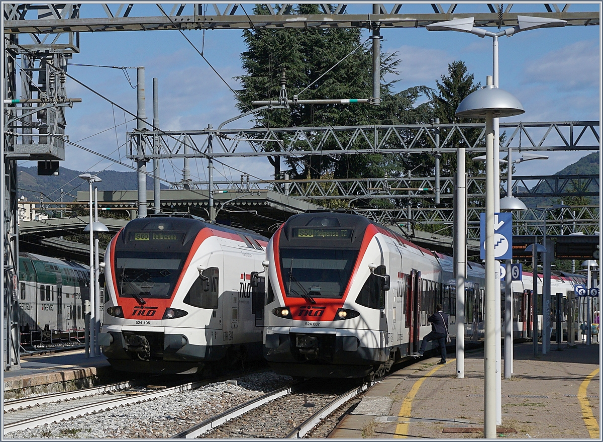 SBB FFS TILO RABe 524 105 and 007 in Varese. 