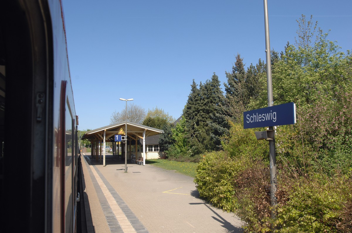 Schleswig Station. 1, May 2011.
