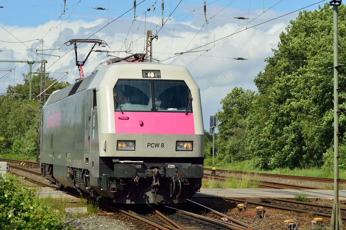 Siemens 127 001 from the Prüfcenter Wildenrath/PCW 8 comes in at the station of Grevenbroich on friday 9th. of may 2014